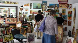 Mantos Gallery with visitors